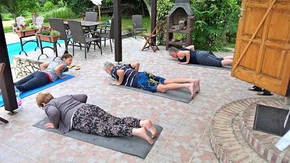 Schilderen yoga bij artventures in Somogyacsa, Hungary